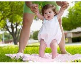 Скільки потрібно гуляти з немовлям фото