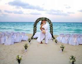 Весілля на пляжі фото