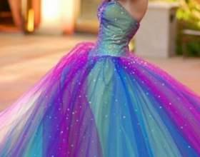 Кольорові весільні сукні: вибираємо! фото