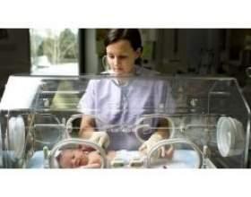 Догляд за недоношеною дитиною, можливі ускладнення фото