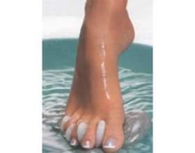Догляд за ступнями ніг, педикюр в домашніх умовах фото