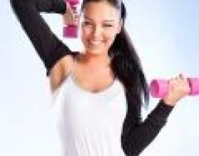 Вправи з гантелями для жінок фото