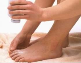 Вас мучить пітливість ніг? Лікування простими засобами допоможе позбутися від цієї неприємної проблеми фото