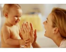 Восьмий місяць розвитку дитини фото