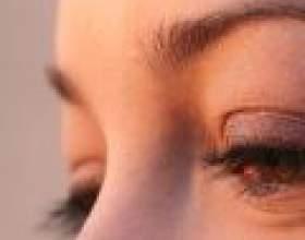 Про що говорить колір і зморшки навколо очей фото
