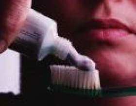 Неприємний запах з рота: як позбутися від проблеми фото